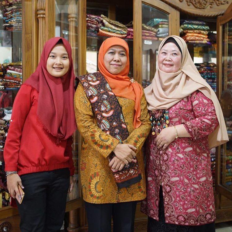 Gubernur Jawa Timur Ibu Khofifah